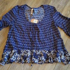 Mudd Tops - NWT flowy blouse